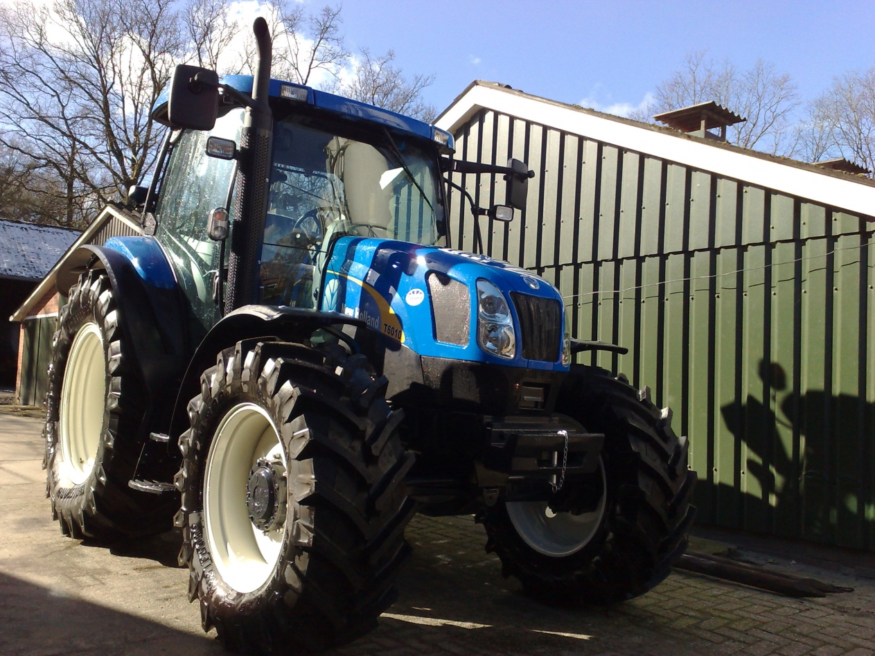NewHolland T6010
